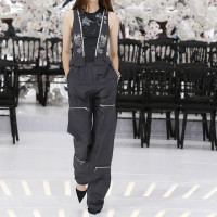 LOOK 15,EMBROIDERED SLATE JACQUARD SILK TOP WITH SLATE SILK PANTS.