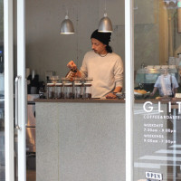 GLITCH COFFEE&ROASTERS