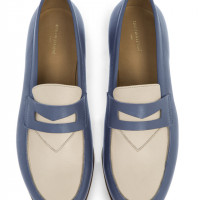 「Bi-color leather penny loafer」(chambray×beige/6万円)