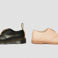 左:「1461 Hender Scheme」(5万円)、右:「manual industrial products 21 × Dr.  Martens」(5万8,000円)