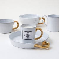 Mug(2万8,000円)、Cup(2万8,000円)、Bowl(2万9,000円)、Circle Dish(2万9,000円)、Scented Candle(3万2,000円)