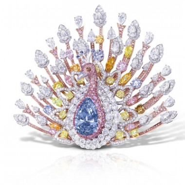 ザ・ピーコック・ブローチ(20.02ct)Fancy Deep Blue Pear shape Diamond Brooch