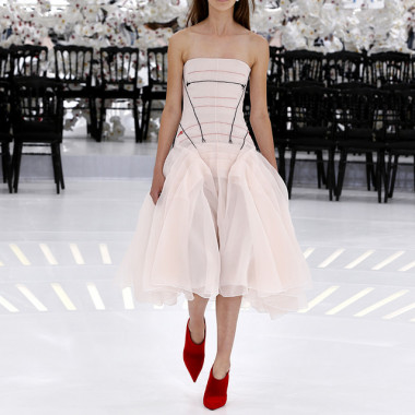 LOOK 62,EMBROIDERED PALE PINK PLEATED SILK DRESS.
