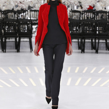 LOOK 42,EMBROIDERED RED COTTON VELVET COAT WITH BLACK WOOL TOP AND DARK NAVY WOOL PANTS.