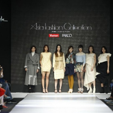 「ASIA FASHION COLLECTION~Grobal Incubation Project~」