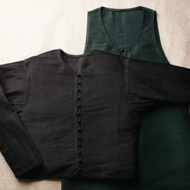 "HaaT/AOYAMA限定アイテム""HORIZONTAL SILK PINTUCKING"""