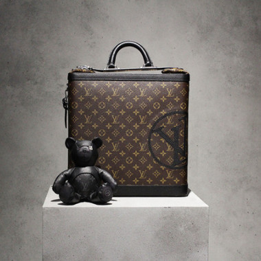 「LOUIS VUITTON in collaboration with FRAGMENT POP-UP STORE」