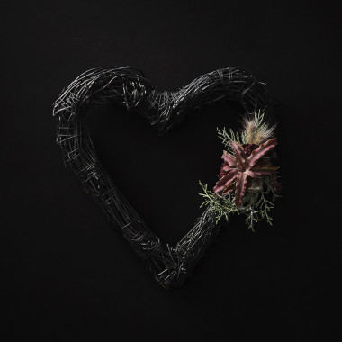 BLACK WREATH / HEART(4,000円※参考価格)