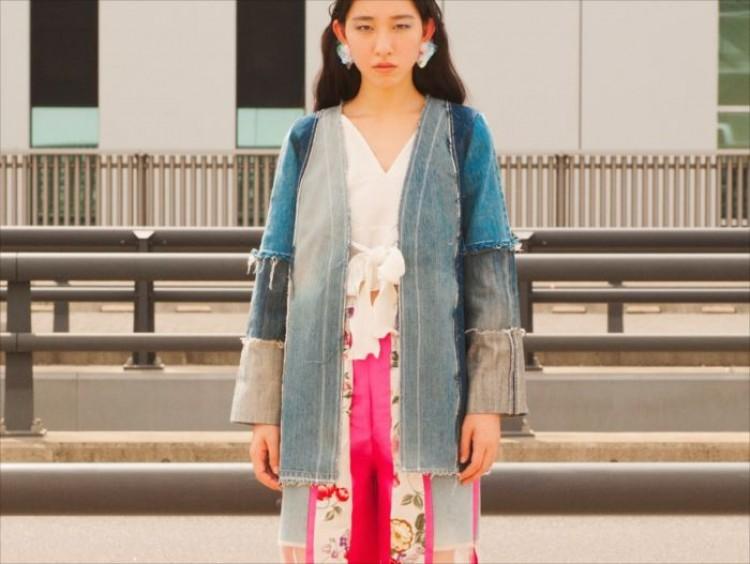 リメイクをベースにしたファッションブランドのマイス(maice)による2018年春夏コレクションの展示会「vague  border」が、9月15日から22日まで表参道