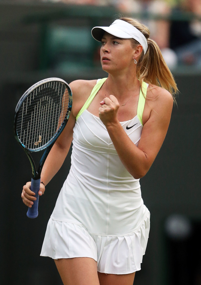 players tennis Naked female