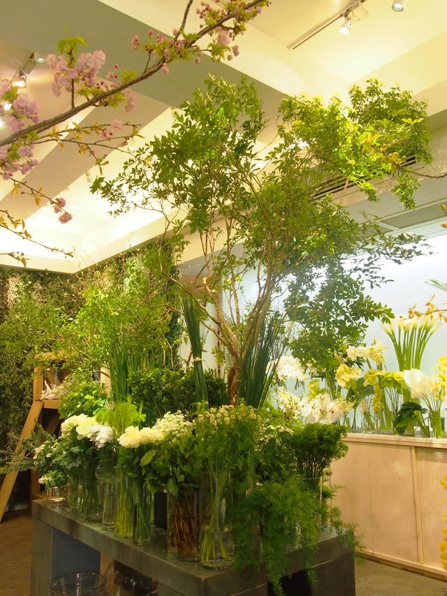 前 花屋 外苑 スタイリストも通う、花とうつわが素敵な東京のショップ5選。(Casa documents.openideo.com)