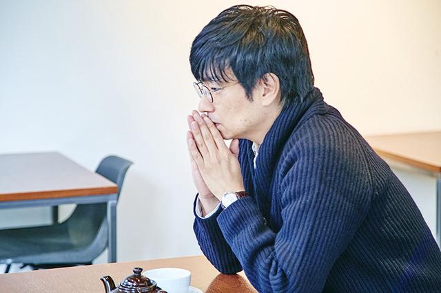 ファッショントレンドニュース | FASHION HEADLINE小林賢太郎さんがマーガレット・ハウエルで選ぶ、大切な3人の先輩に贈るクリスマスギフト