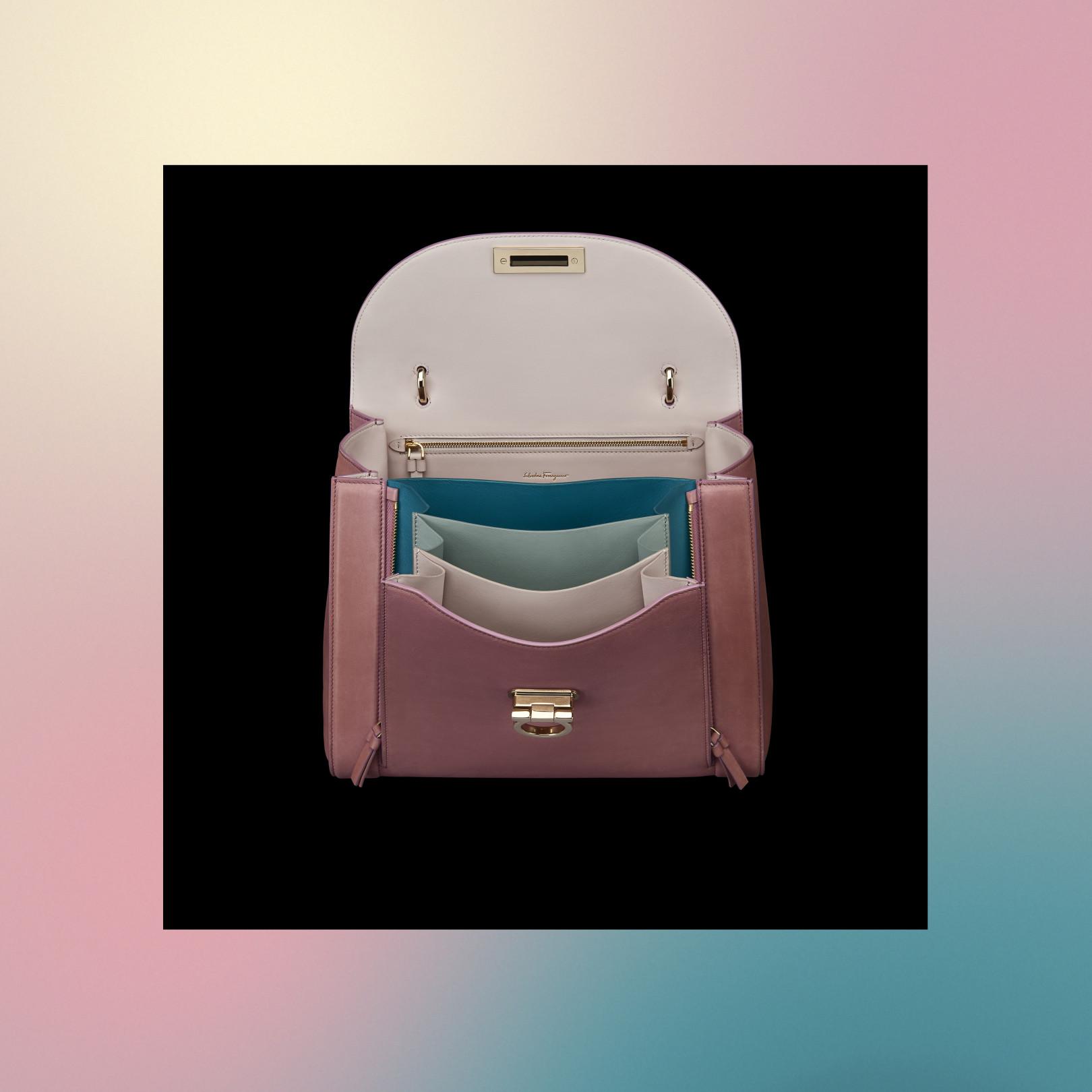 62f95d11c26b サルヴァトーレ フェラガモ、新作バッグ「ソフィア・ レインボー」発売(8/18)
