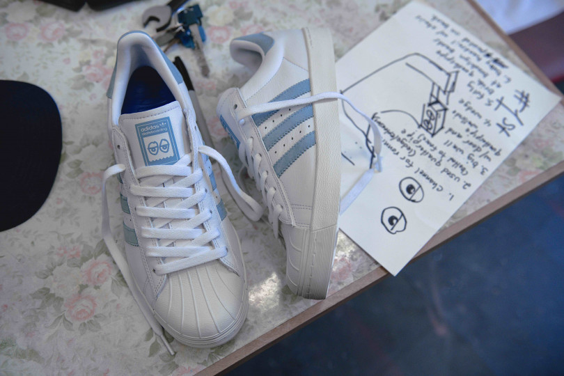 「SUPERSTAR VULC X KROOKED」AC8419(1万2,000円)
