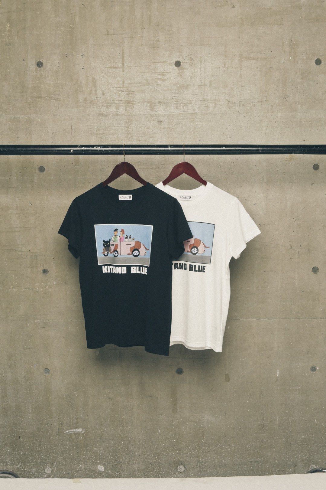 DOG CAR T-SHIRT 1万5,800円