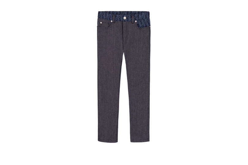 「DIOR OBLIQUE DENIM」(4万6,000円〜5万6,000円)