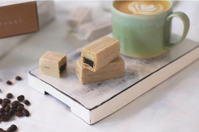 口の中で合わさるコーヒー餡とミルク餡。食べるカフェラテ「ラテもなか」が福岡に誕生